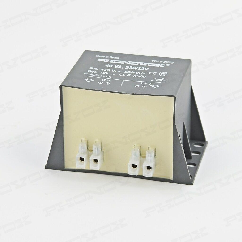 Transformador de seguridad para iluminación de piscinas IP 00 Serie TP LD 20